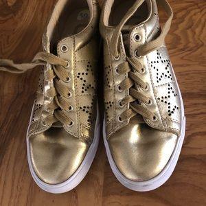 💎EUC Guess Metallic gold sneakers